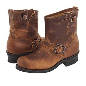 Frye engineer distressed light brown leather boots